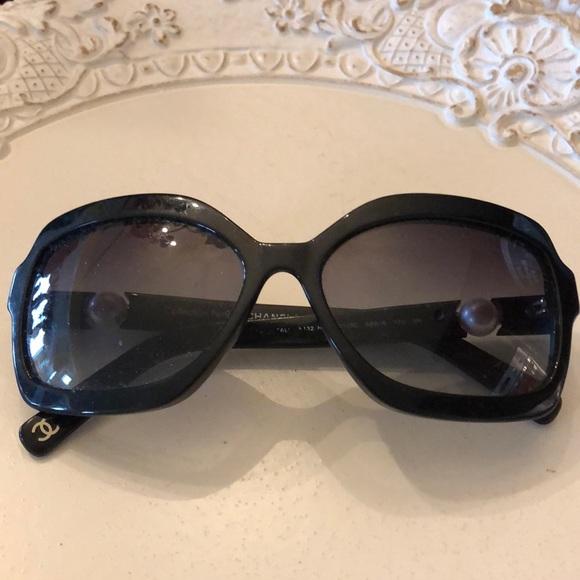 6877d719905 CHANEL Accessories - Chanel pearl sunglasses